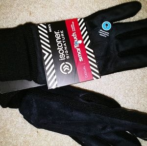 Isotoner smart touch winter gloves.